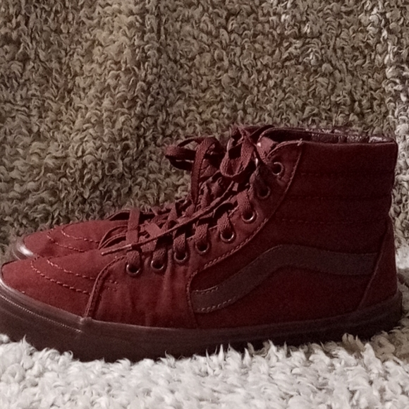 Vans Red canvas high top size 9